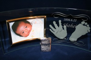 MomoWorksサンプル写真_フォトフレーム_赤ちゃん_手形足型